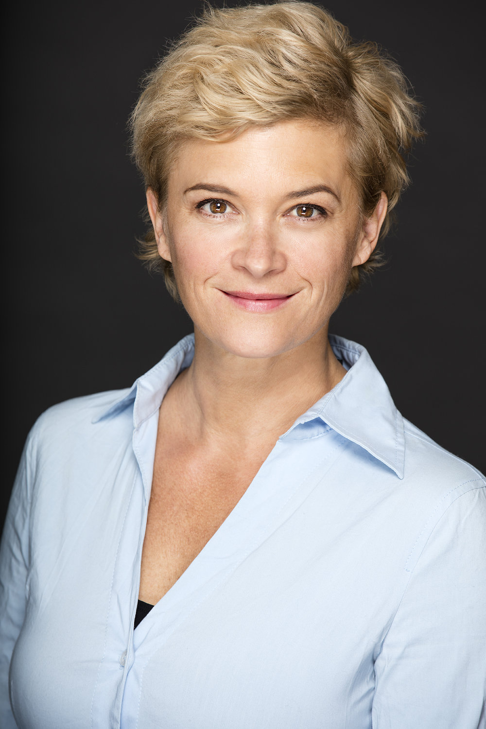 Lisa Lynch Headshot