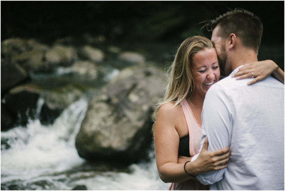 Maui Couples Photography by Naomi Levit Photography