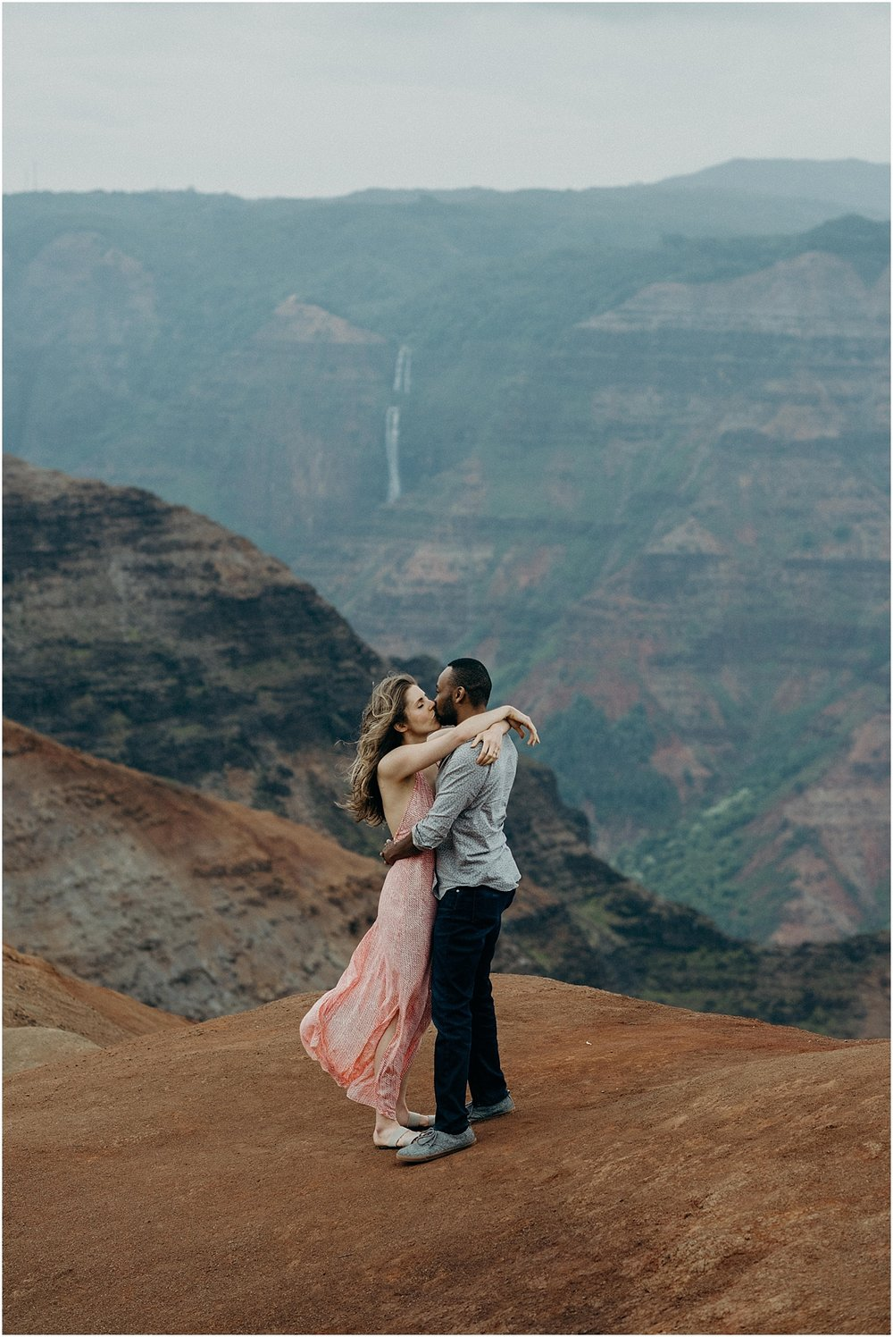 epic honeymoon adventure session at waimea canyon on kauai