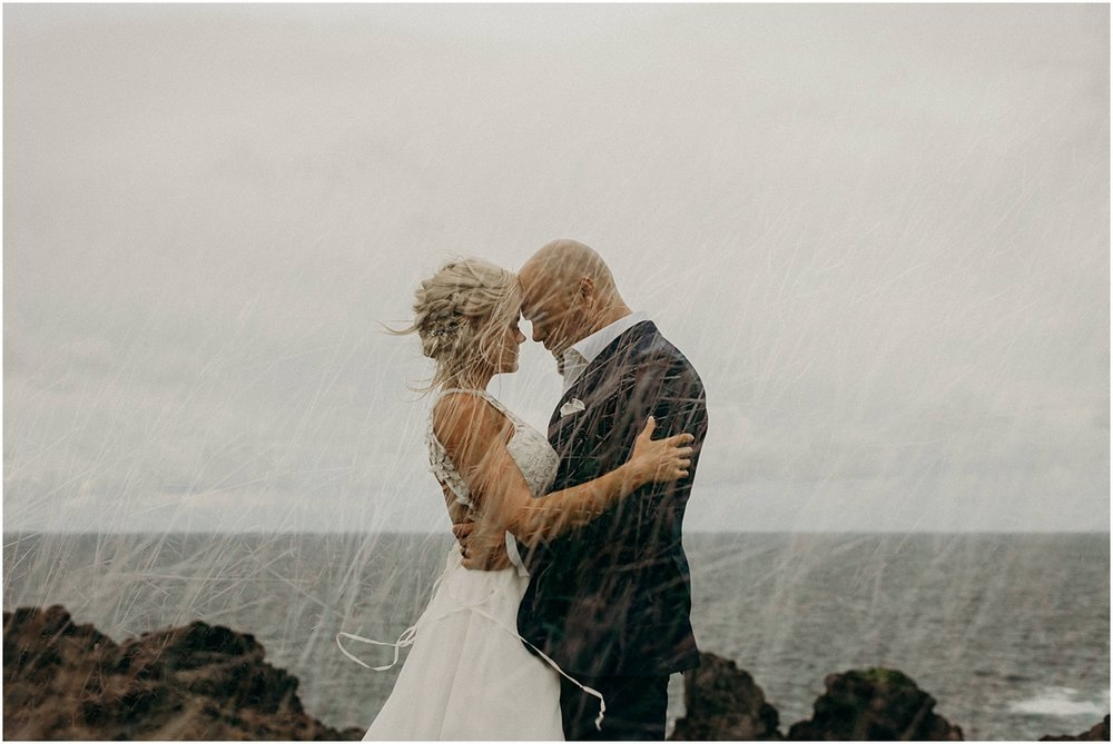 adventurous maui adventure elopement near kahakuloa hawaii