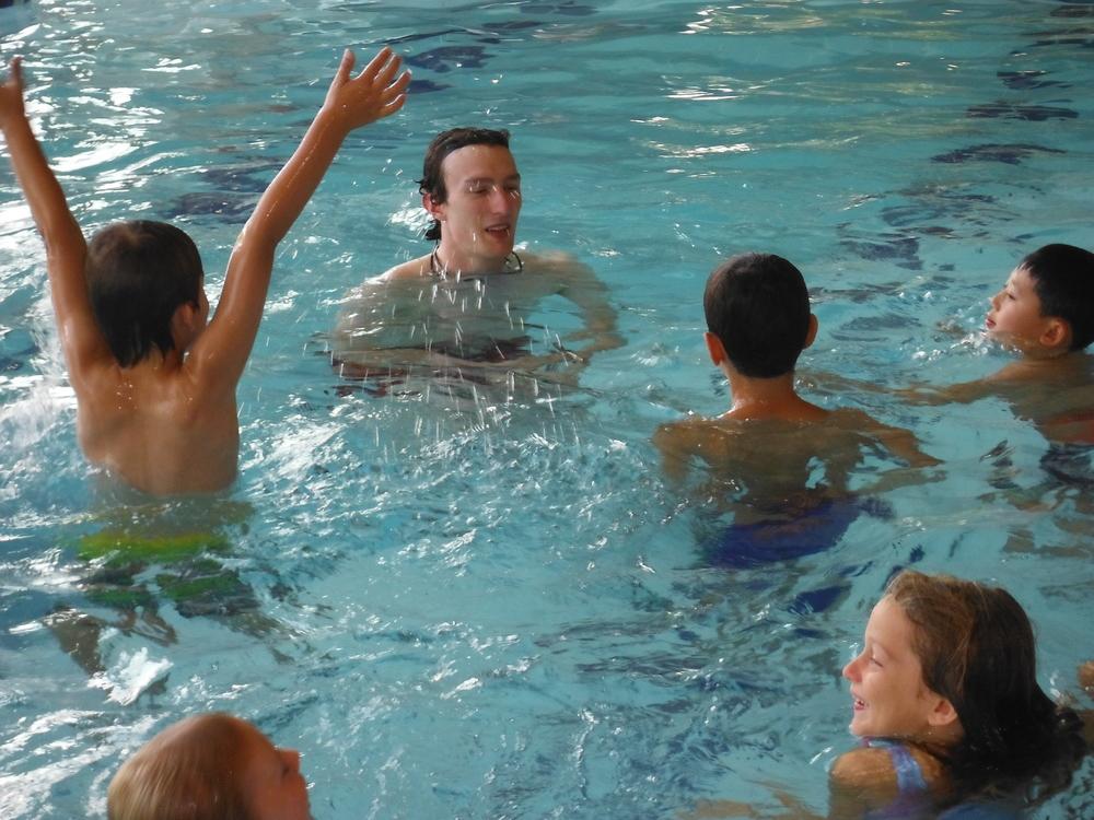 Instructing swim lesson
