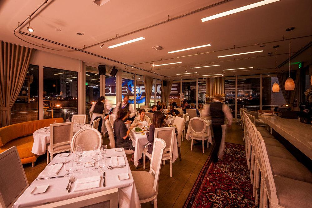 Touché Rooftop Lounge & Restaurant