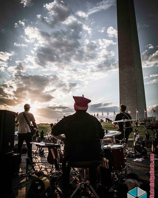Wow, what a magical experience playing on the National Mall! That view looking out from the stage will forever be ingrained in my head. Playing on the National Sylvan Theater for the Global Jam 4 Peace with @tedgarbermusic and Gregg Hammond. 📷 By @theumbrellasyndicate . . . #nationalmall #dc #washingtonmonument #globaljam4peace #skylinehotel #makemusicday #washingtondc #america #dcmusic #dmvmusic  #dmvmusicians #indiemusic #indie #indierock #indiepop #pop #poprock #popmusic