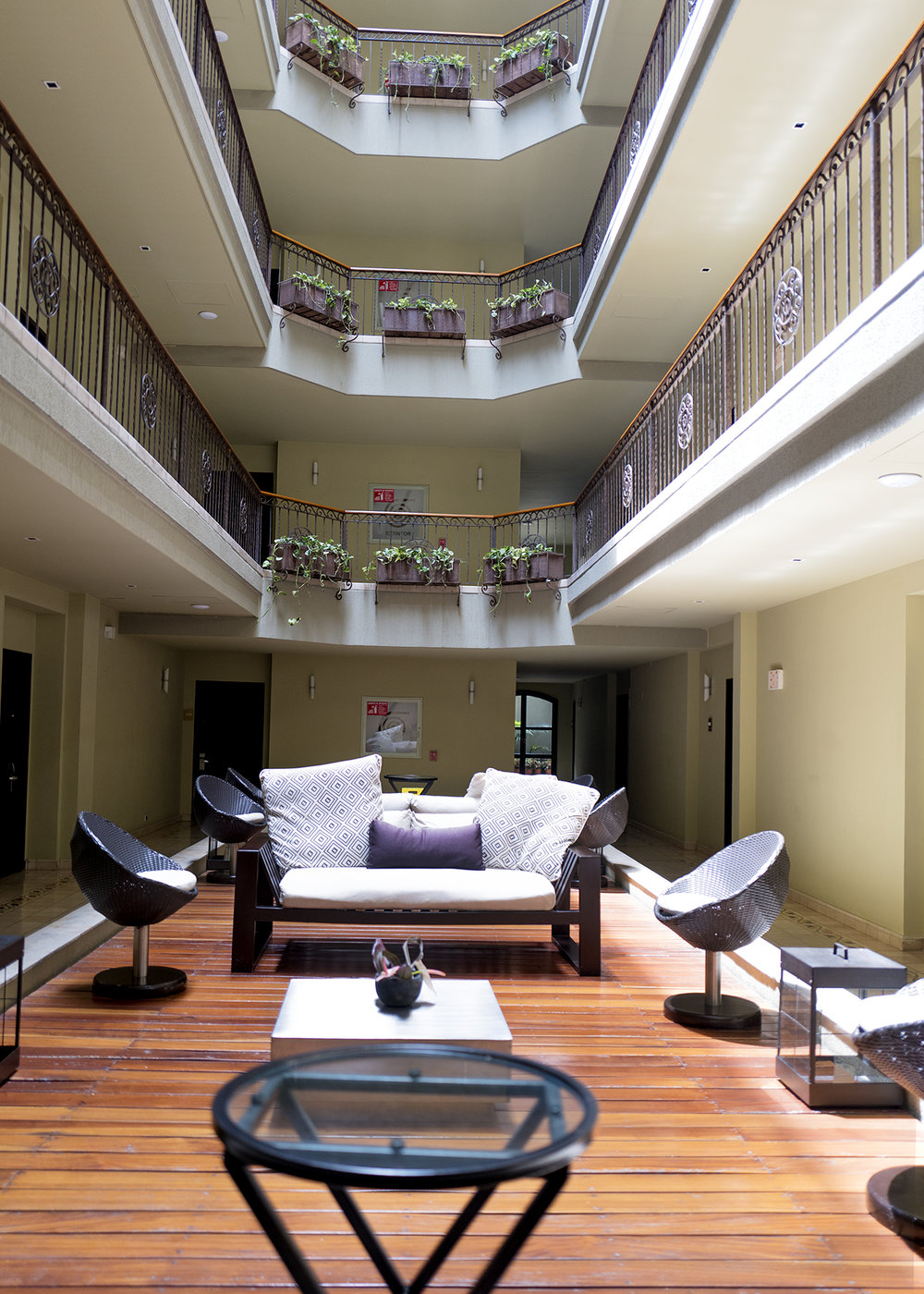 hotel3web.jpg