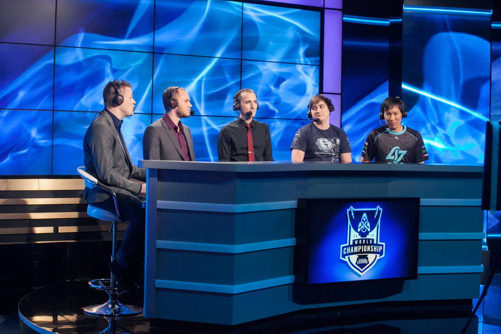The analyst desk from World Championships 2013. source