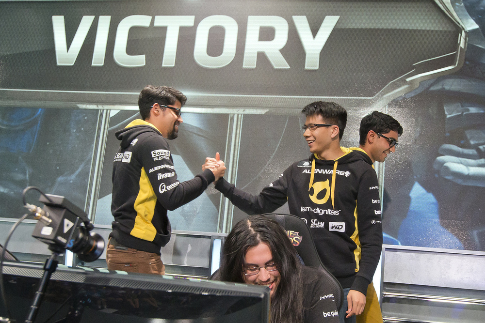 Crumbzz, Shiphtur, and ZionSpartan rejoice after their victory, a synergy that has grown over the course of the split. source