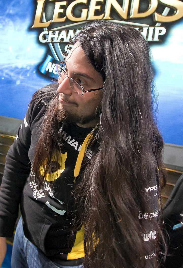 Imaqtpie, the Dignitas ADC famous for his streaming personality. source