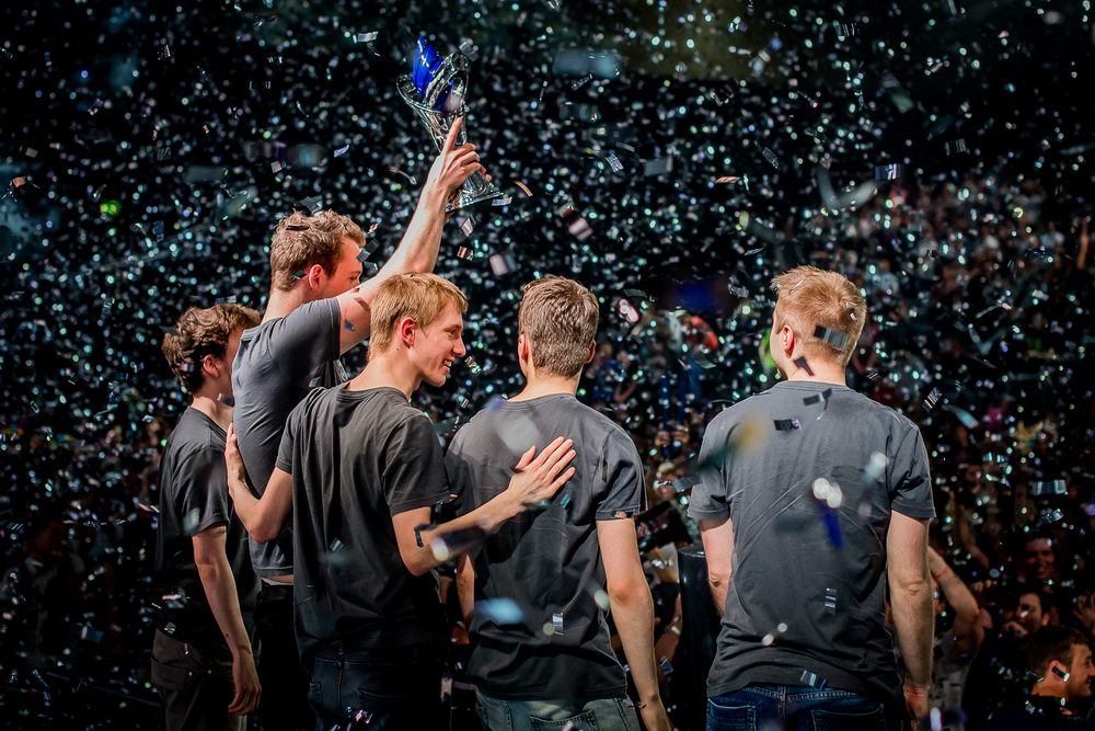 The members of Team Alliance after their victory over Fnatic at Gamescom 2014. source