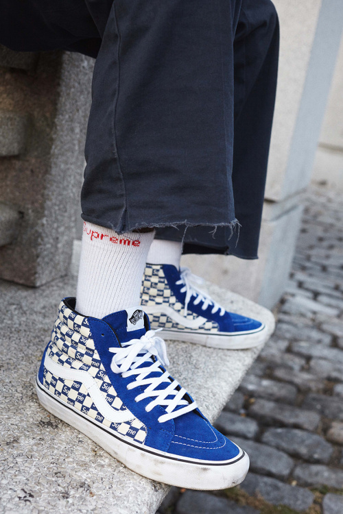 supreme_vans_checker_2016_.9.jpg