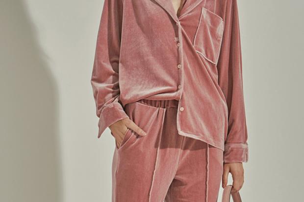 KariCruz.com_Velour-Pajamas-Loeil