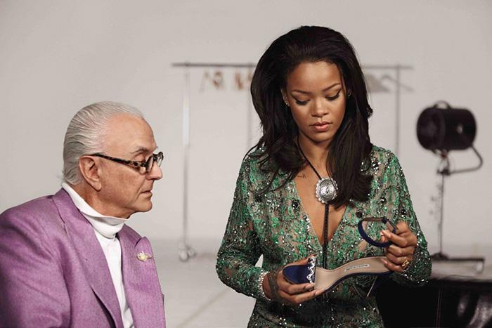 karicruz.com_Blahnik_Rihanna_Savage