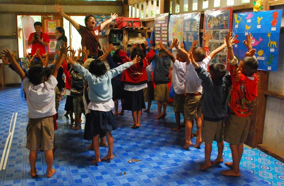 成長於山村的 克倫族青年Pong,大學畢業後成為TBCAF教育督導致力於部落服務工作。  (圖 /王詩菱)