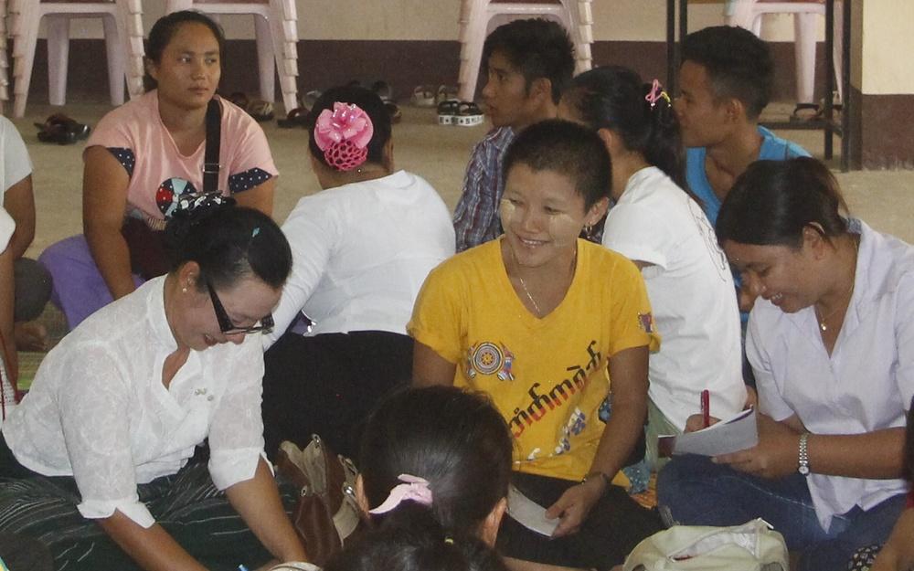 來自緬甸的 Zar Zar Chit 老師,也來到 Mae Sot 參加 2016 年的幼教師資培訓工作坊。