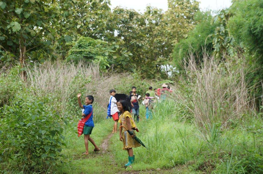 綠水小學孩子們的放學路。(圖/劉雅玲)