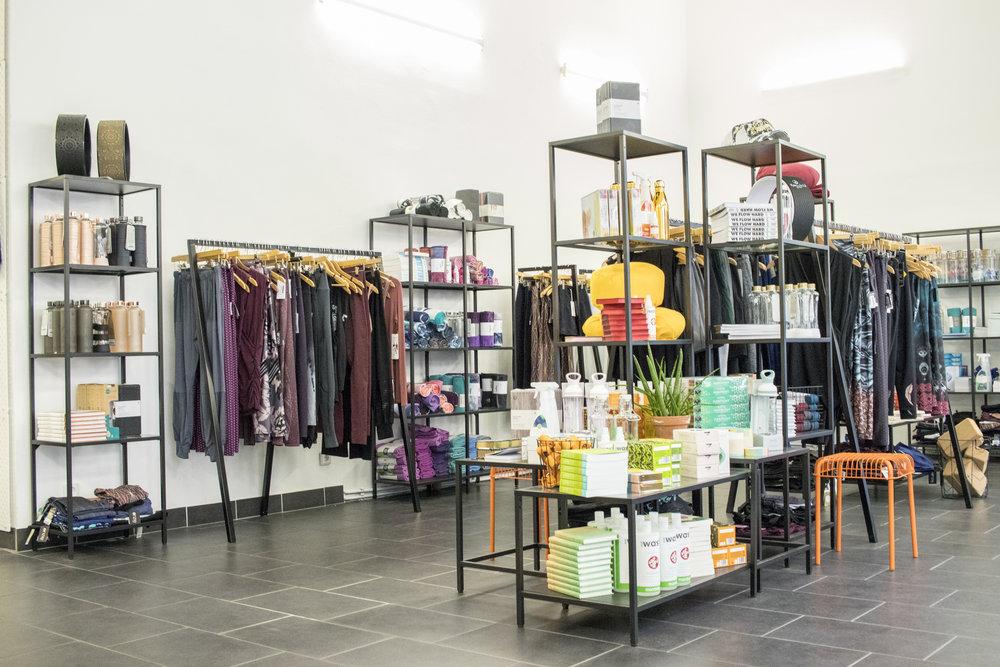 Shop_innen03.jpg