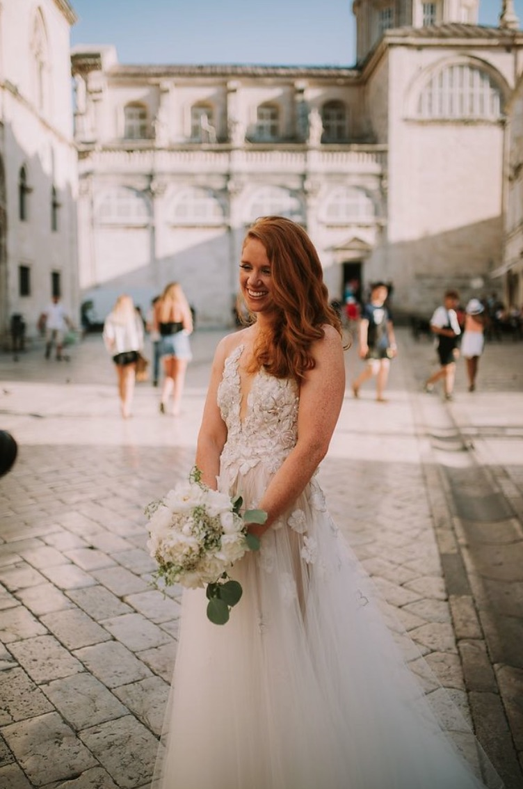 BRIDES GOWN.jpg