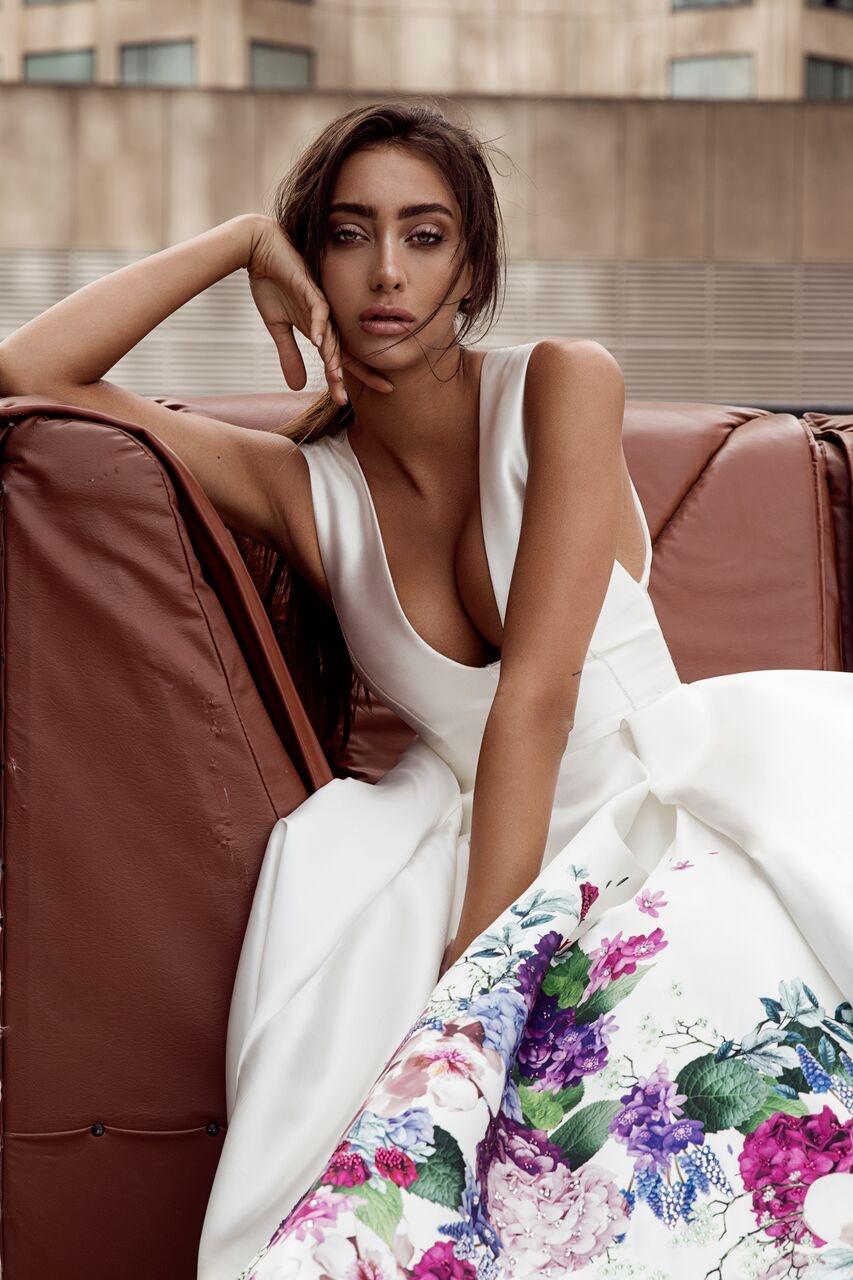 BOUQUET BALLGOWN WEDDING DRESS