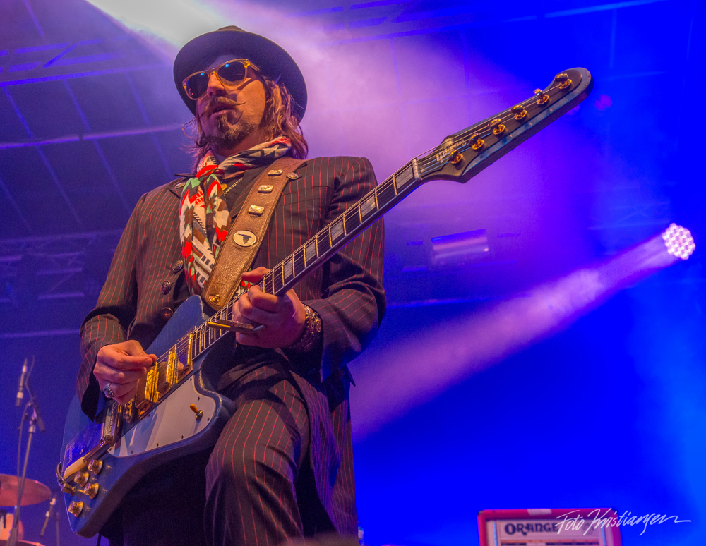 Rival Sons gitarist_DSC6018.jpg