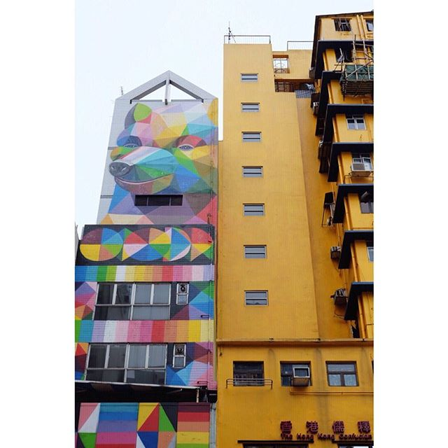 Can you paint more buildings like this please @okudart 🔺🔸🔵⚪️▪️