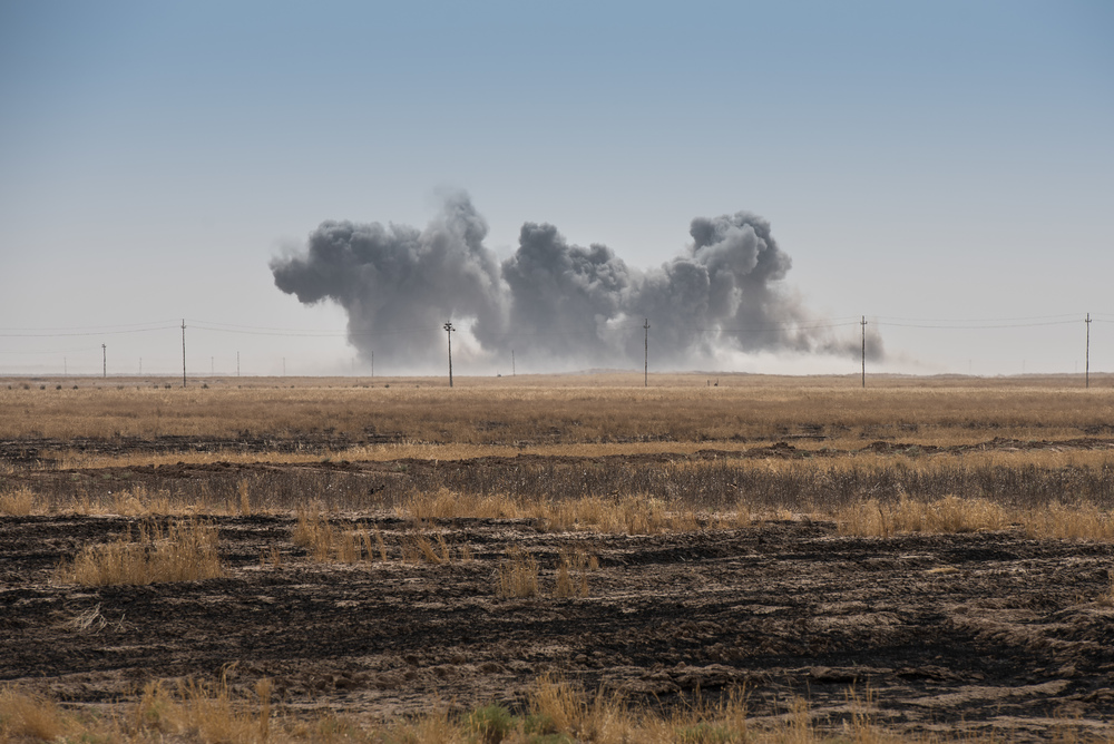 A coalition airstrike on a Islamic State (ISIS) position near the town of Makhmur (‏مەخموور)