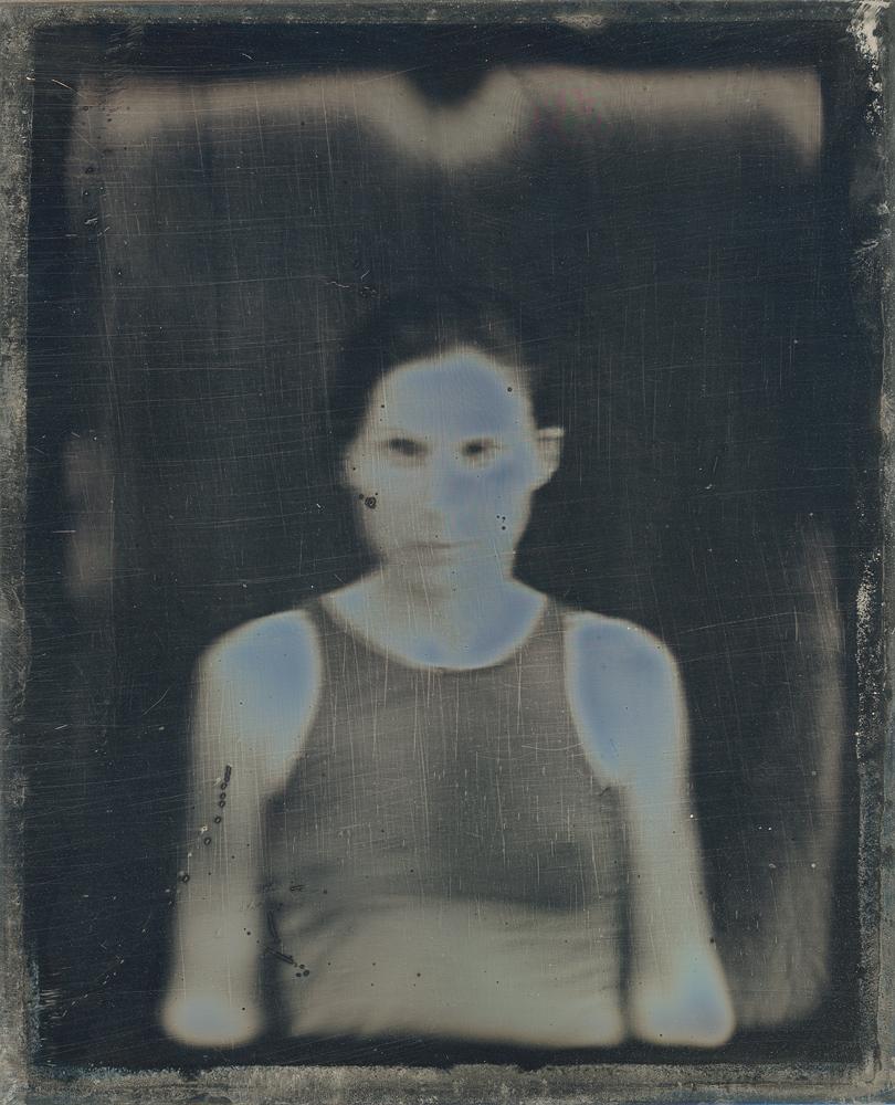 Dafna_Gazit,_Self_Portarait_I,_Daguerreotype,_11x9cm,_2012.jpg