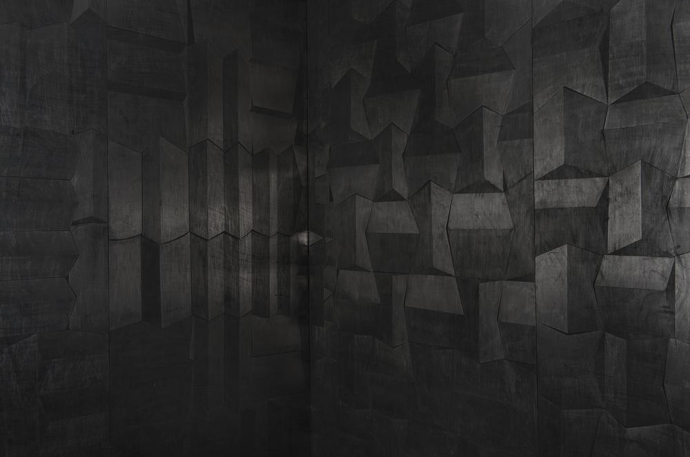 Hado, פחם וגרפיט על עץ, פרט מתוך מיצב, 2014.jpg
