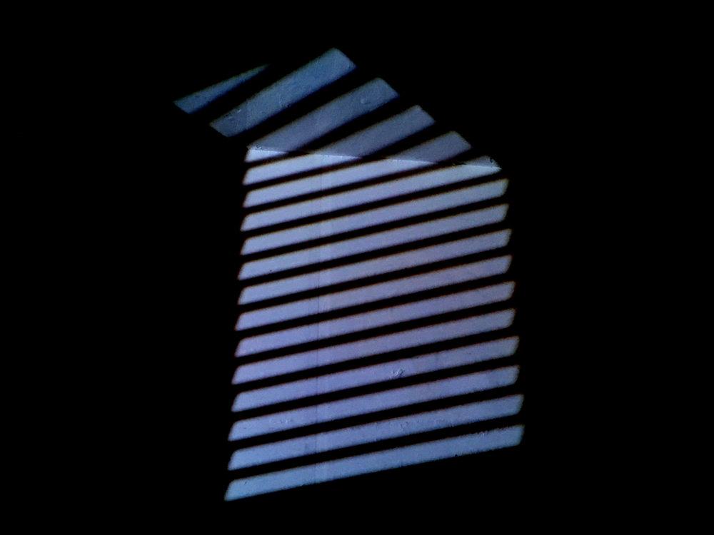 Matan Golan, Hanadiv 8a, Light projection, 2018