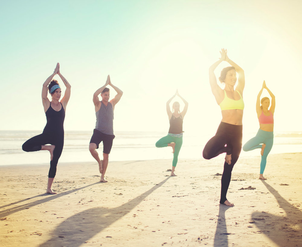 yoga-on-del-beach-1114x909.jpg