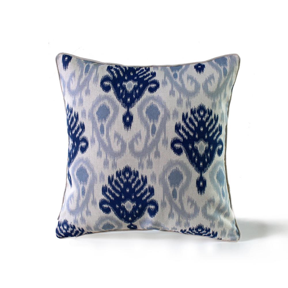 Pillow # PL-02799