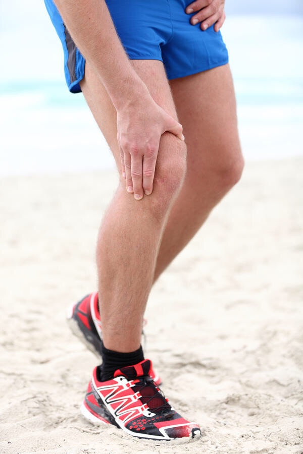 """Internal knee pain and the regular sensation of your knee """"giving away"""" is a sign of patellar subluxation."""