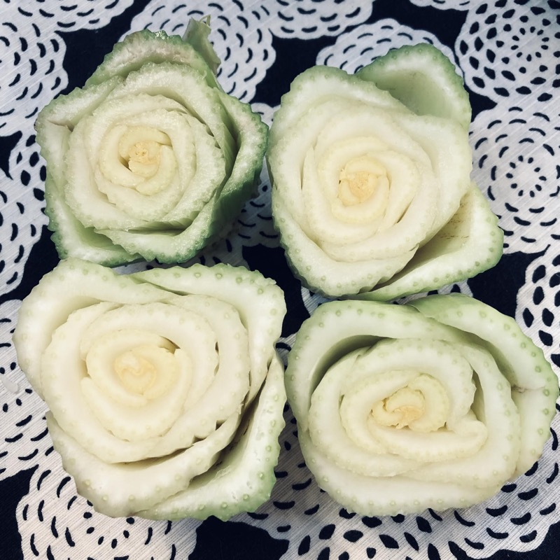 don't these celery stalks look like roses?