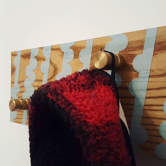Coat Rack I made 2yrs ago, forgot about and found when moving house. Kinda like it. As always, patterned Solid Ash. With brass hooks.  #alsoadam #coatrack #blue #brass #furniture #interiordesign #pattern #woodgrain #coat