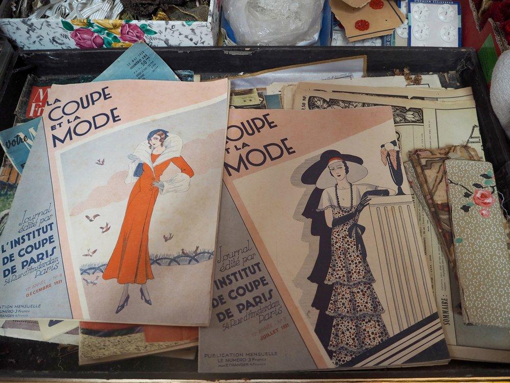 Vintage magazines from @vintagefabricsamfrance