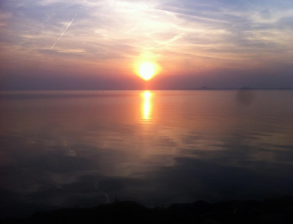 Solnedgang ved Färjestaden.