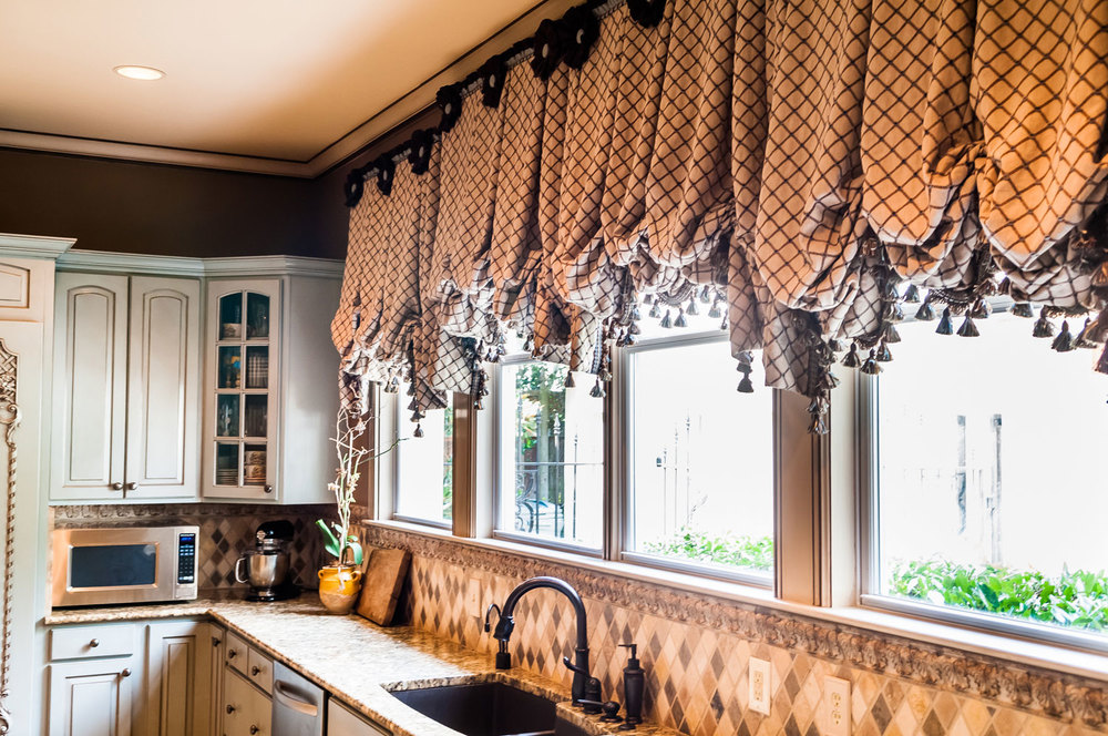 Incroyable Kitchen Valance