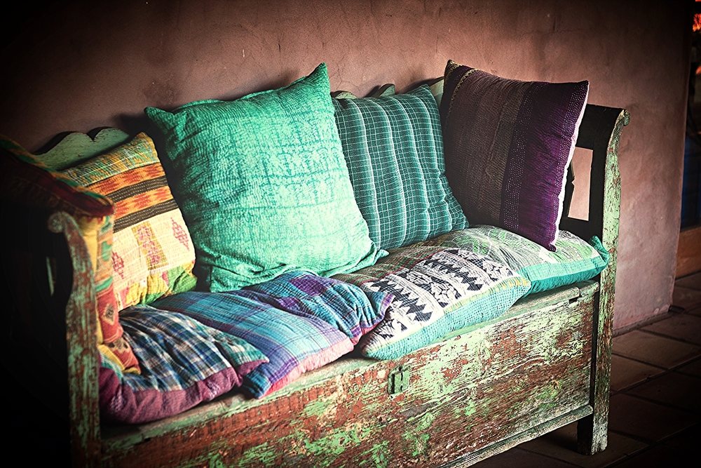 cushions-pillows-new-orlenas-luzcustomcurtainsandupholstery