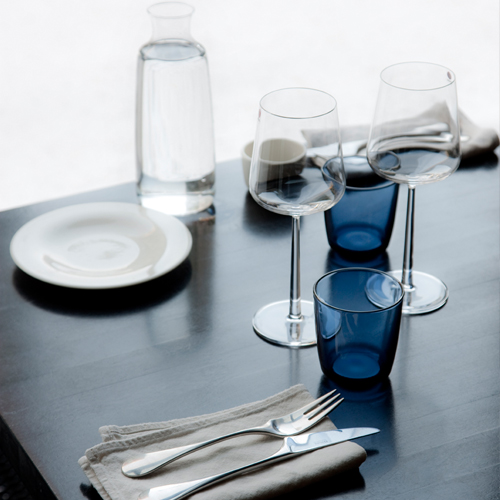iittala-essence-red-wine-glasses-set-of-2-10.jpg