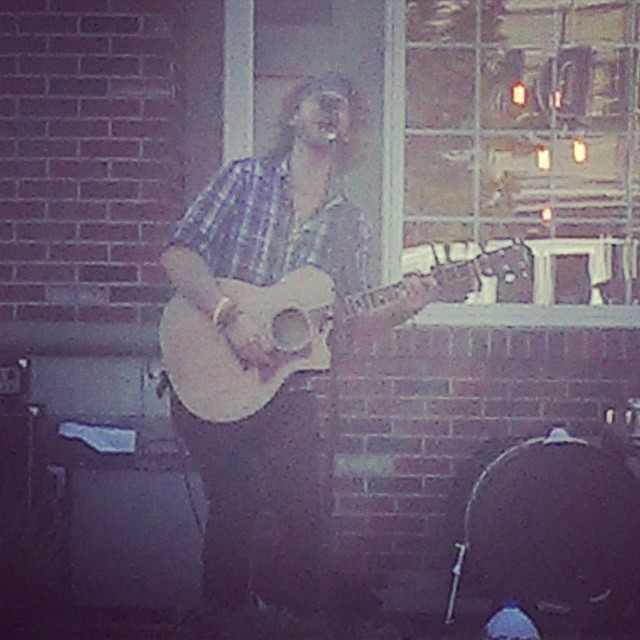 Streets of Cranberry!!! Brad Hammer killing it opening for the DG! #builtinopener #acousticjayums #Cranberry #staygrinding