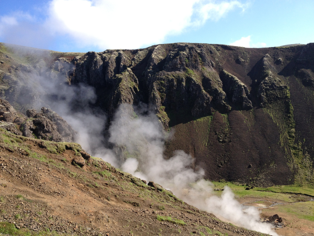 Hengill Volcano and Hot Springs   - Very enjoyable run in a colourful geothermal area -