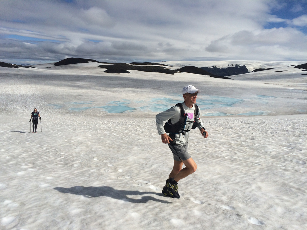 Running on Laugavegur on ice by melting ice
