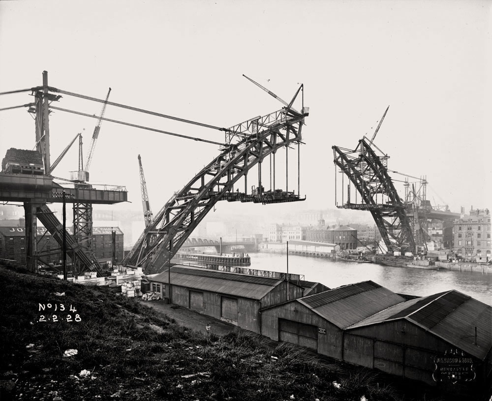 Building the Tyne Bridge, 1928