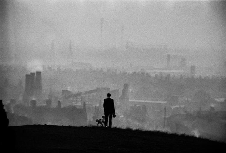 VIEW-OVER-THE-POTTERIES-STOKE-ON-TRENT-1963-by-JOHN-BULMER-Born-1938-C05033.jpg