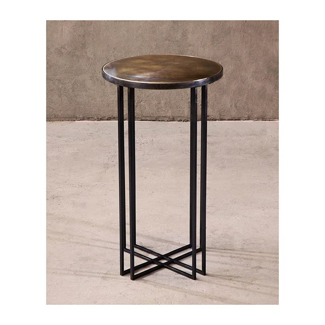 Round Binate side table
