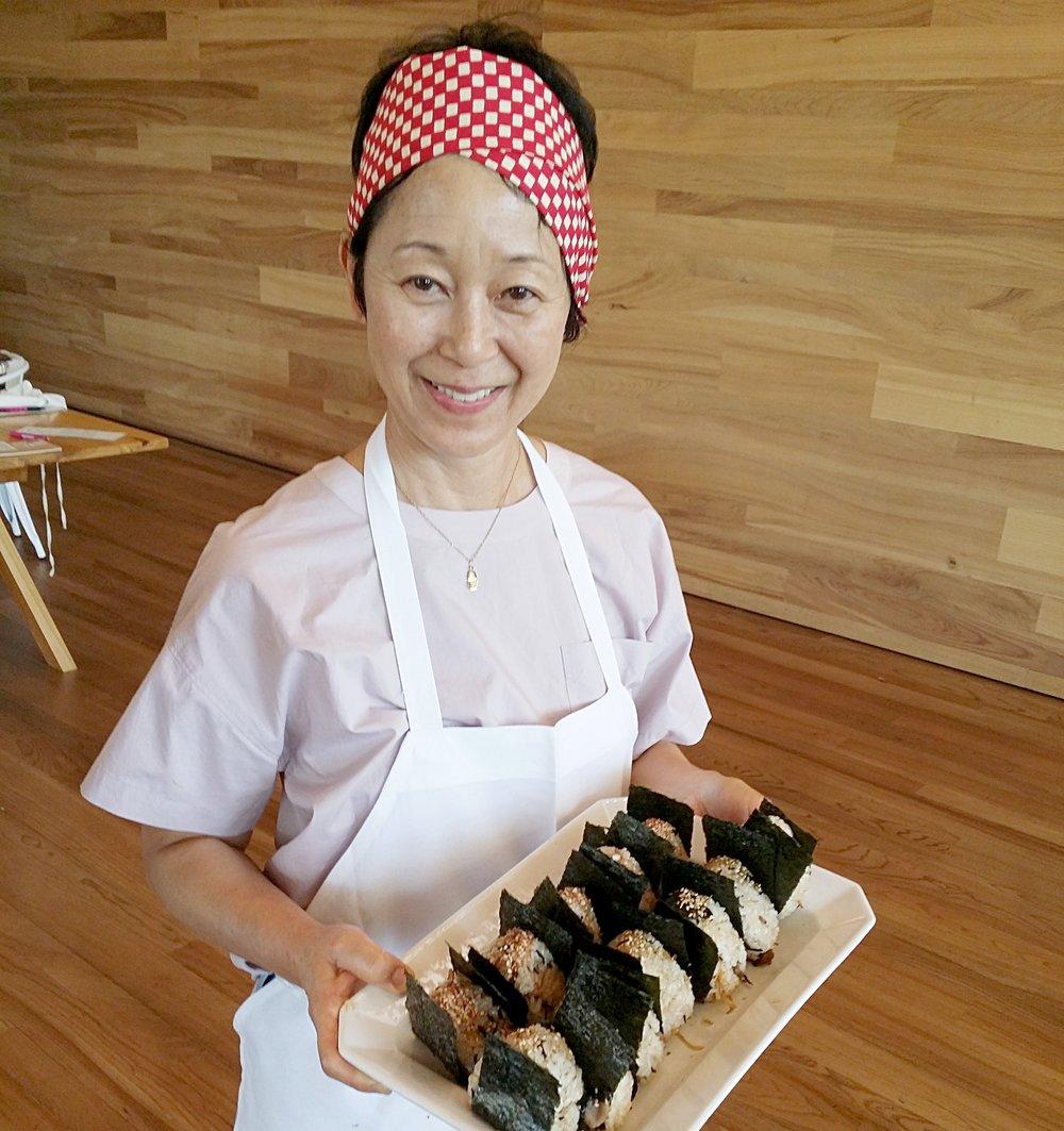 sonoko sakai w onigiri.jpg