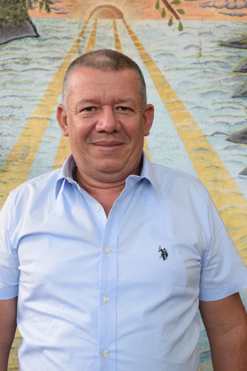 Marlon-Alvizua,-Ingeniero-de-Sistemas-de-Agua.jpg