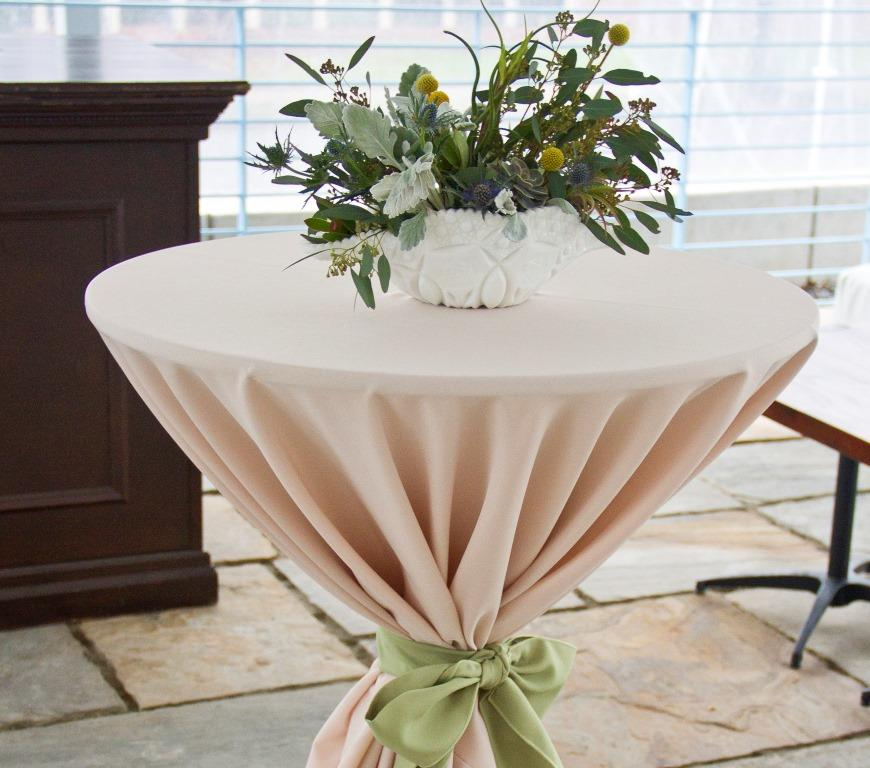 Natural centerpiece on a bistro table
