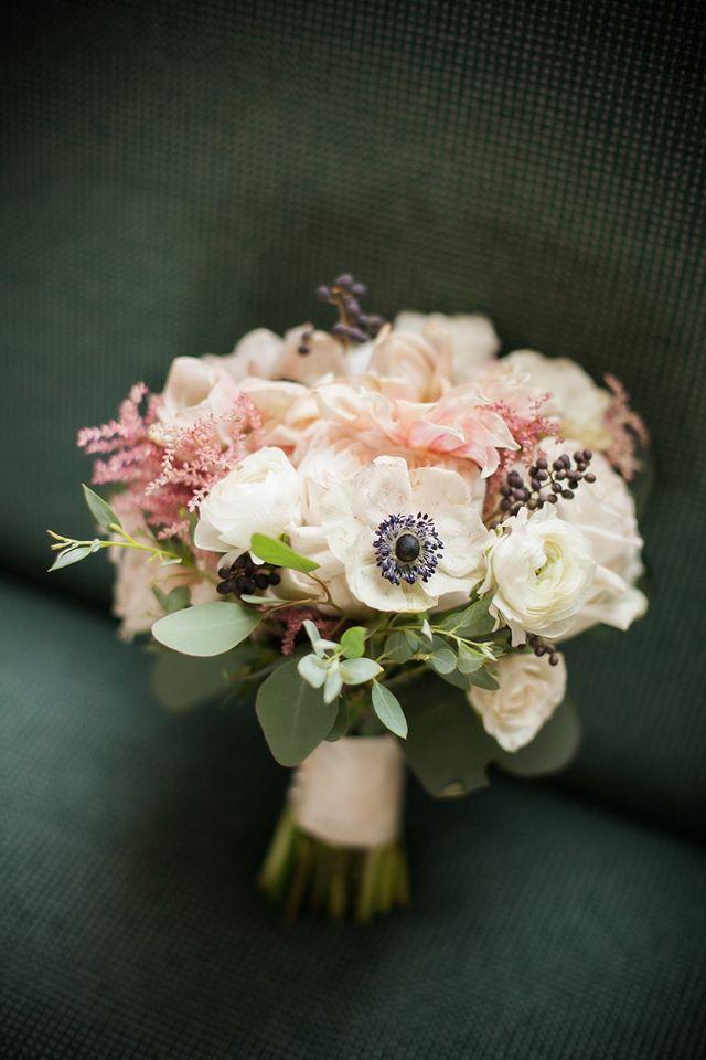 wedding bouquet anemone dahlia