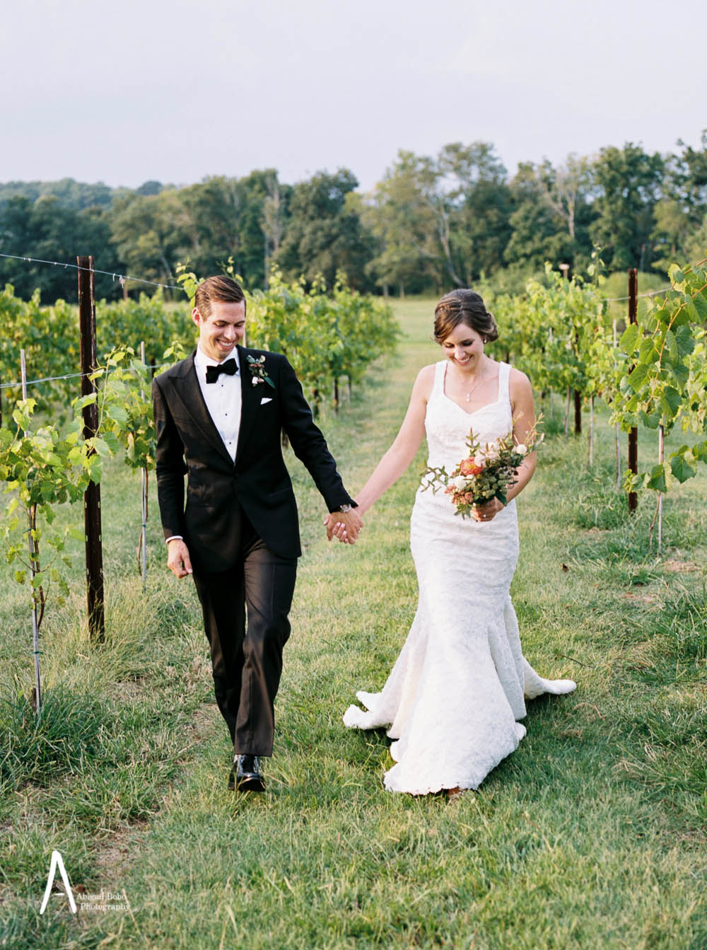 lilac farms at arrington vineyards wedding photography ©2015abigailbobophotography-48 (1).jpg