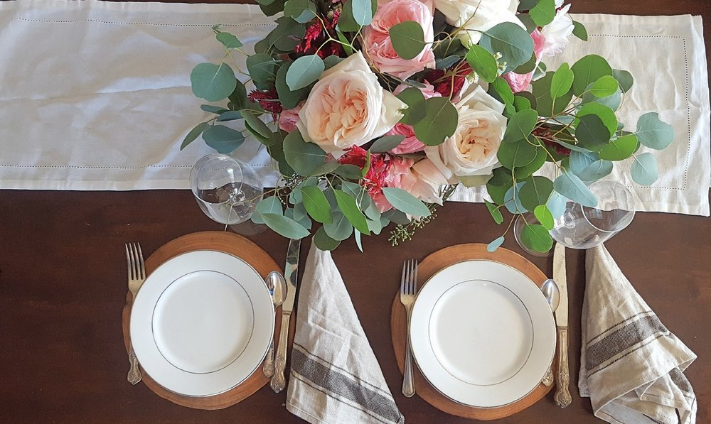 pink and blush lush centerpiece tablecape.jpg