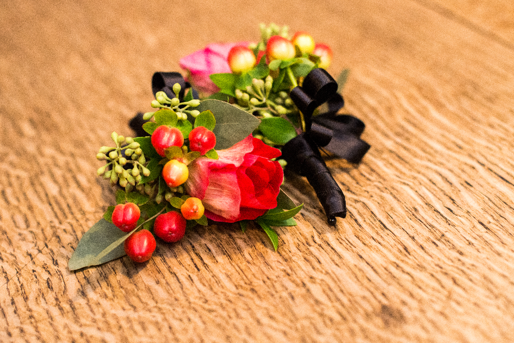 red flowers corsage.png